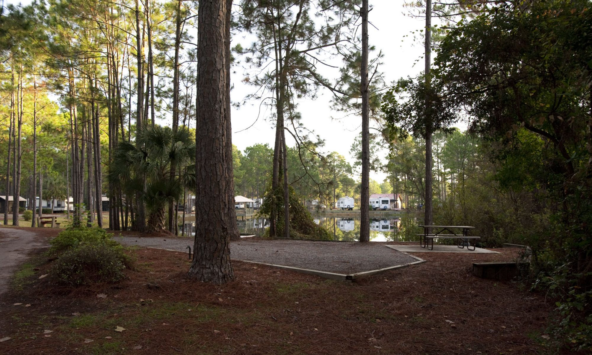 Pineglen Motorcoach and RV Park